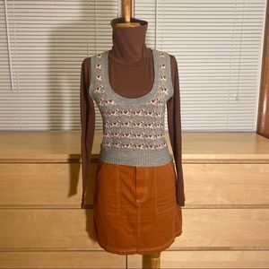 AMERICAN EAGLE OUTFITTERS dog print sweater vest